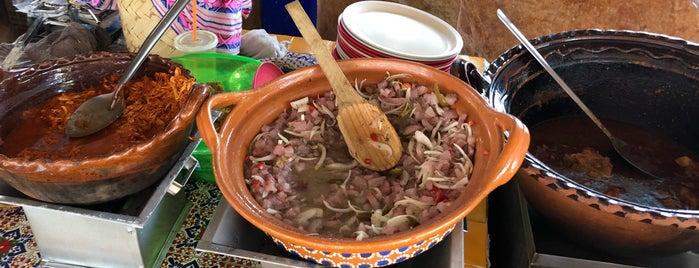 Tacos Manolo's is one of Tempat yang Disukai Joaquin.