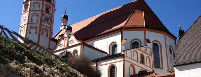 Kloster Andechs is one of Essen gehen.