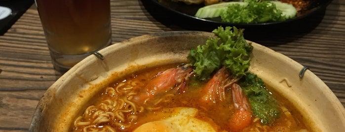 Soi 55 Thai Kitchen & Bar is one of Orte, die sh gefallen.