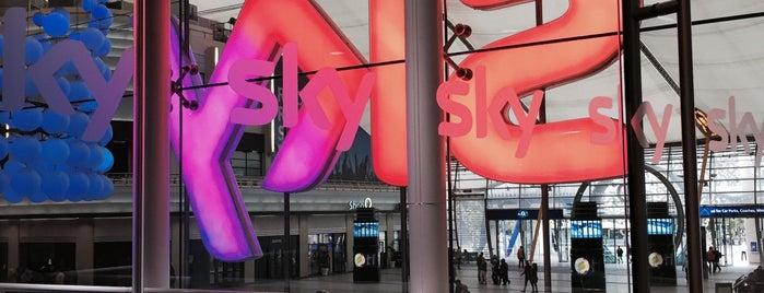 Sky Studios is one of Sandy : понравившиеся места.