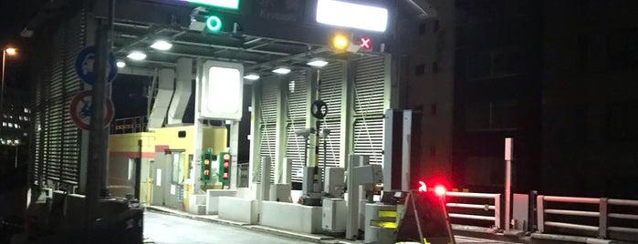 京橋出入口 is one of Boyaさんの保存済みスポット.