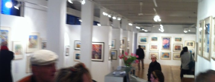 Bankside Gallery is one of Lugares favoritos de Justin.