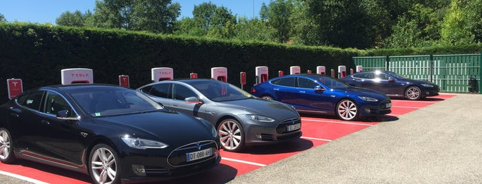 Tesla Supercharger Vienne is one of Tesla France CH B.