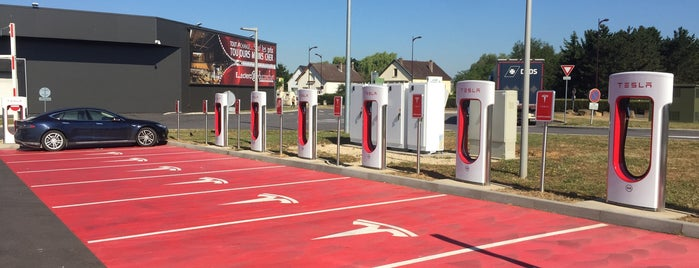 Tesla Supercharger Metz is one of Superchargeurs Tesla en France.