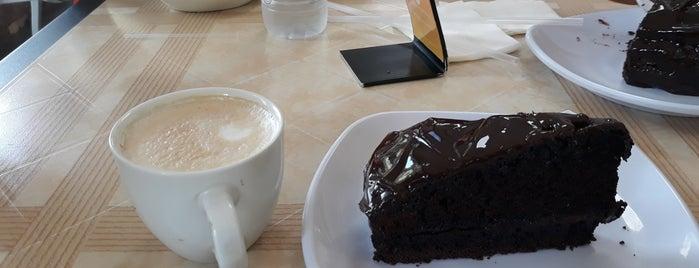 Makao Café, Gelato, Salad is one of Donde Disfrutar Un Buen Helado..