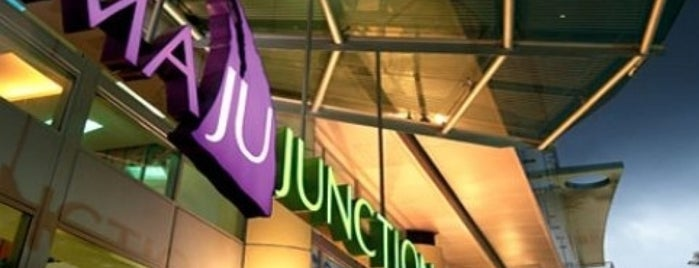 Maju Junction Mall is one of Guide to Kuala Lumpur's best spots.