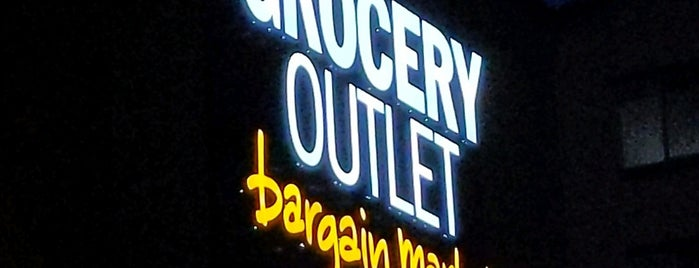 Grocery Outlet is one of Lieux qui ont plu à Ryan.