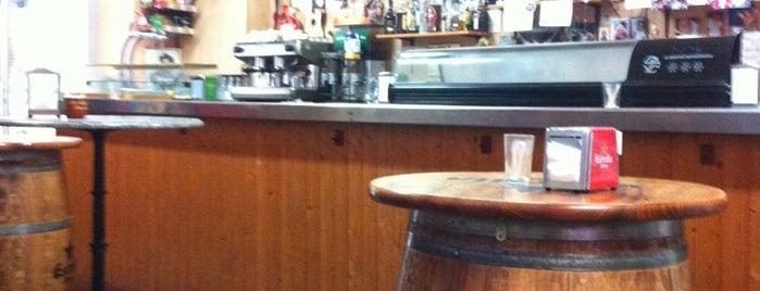 Moll del Rebaix is one of Caña y Tapa en Barcelona.....