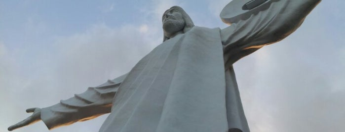 Cristo Luz is one of Balneário Camboriú.