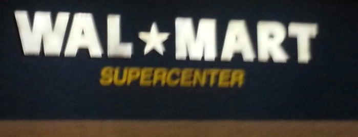 Walmart Supercenter is one of D 님이 좋아한 장소.