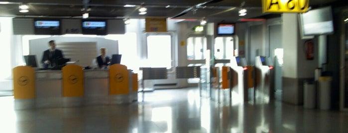 Gate A80 is one of Tempat yang Disimpan Hakan.