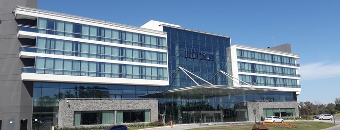 Hilton is one of Orte, die Alejandro gefallen.