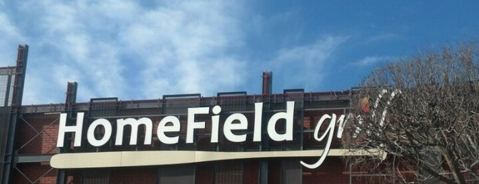HomeField Grill is one of Orte, die Matt-Kimberly gefallen.
