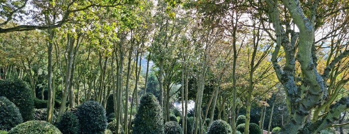 Les Jardins d'Étretat is one of Paris.