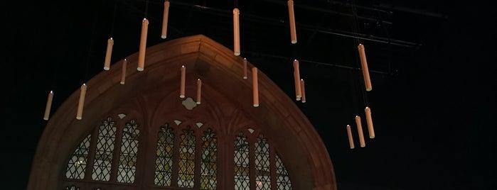Harry Potter Exhibition is one of สถานที่ที่ Sarah ถูกใจ.