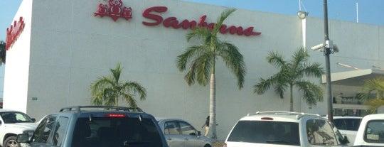 Sanborns is one of Locais curtidos por Jose Juan.