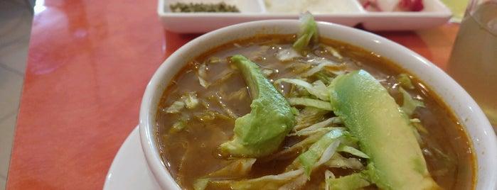 El Buen Chilaquil is one of Locais salvos de Alex.