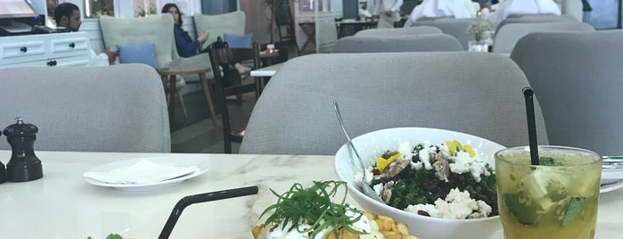 Mitts & Trays Restaurant and Cafe is one of Dubai Breakfast & Brunch.