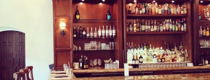 Parq Bar is one of Nicole : понравившиеся места.