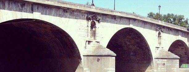 Pont Marie is one of SmartTrip в Париж за волшебством.