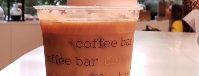 Vernick Coffee Bar is one of Tempat yang Disukai Cali.
