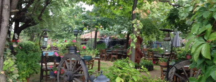 Gölova Köy Kahvaltı ve Restaurant is one of Lieux qui ont plu à Ahmet.