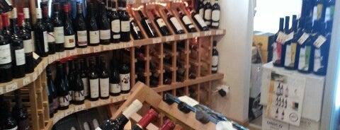 Fox Wines is one of Lugares favoritos de Matei.