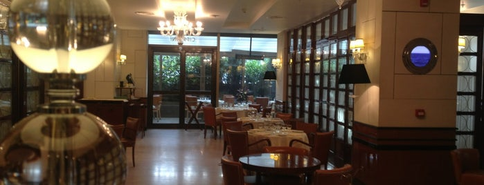 Cipriani is one of İtalian Restaurants in istanbul.