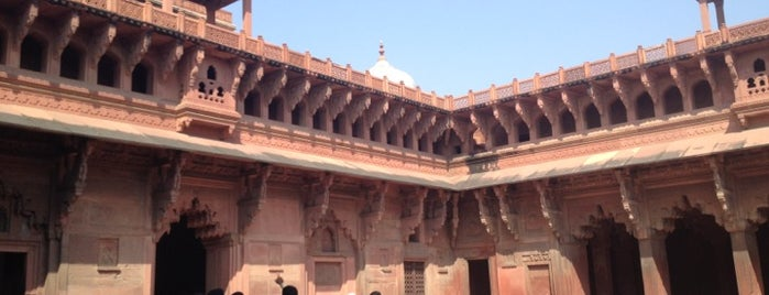 Agra Fort | आगरा का किला | آگرہ قلعہ is one of My TripS :).