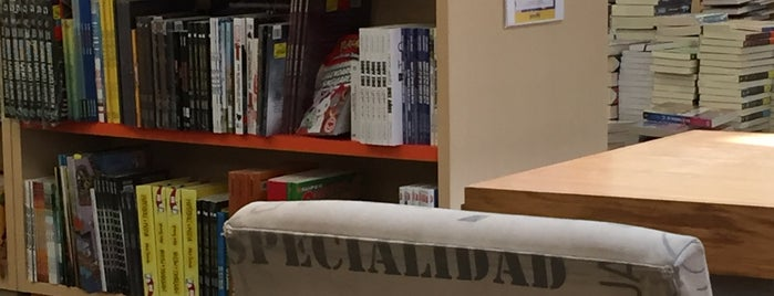 Libreria Gandhi is one of Julia'nın Beğendiği Mekanlar.