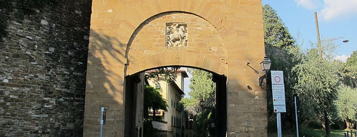Porta San Giorgio is one of The doors of Florence.
