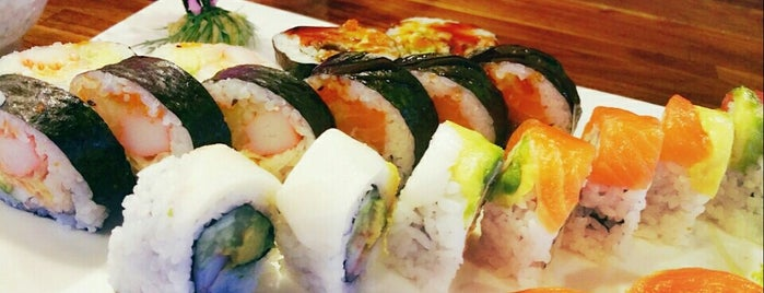 Sushi Tokoro is one of Places I Need To Visit Or Go Back To.