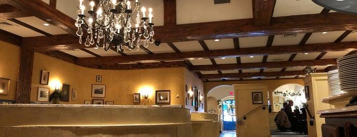 Provence Restaurant is one of Lieux qui ont plu à James.