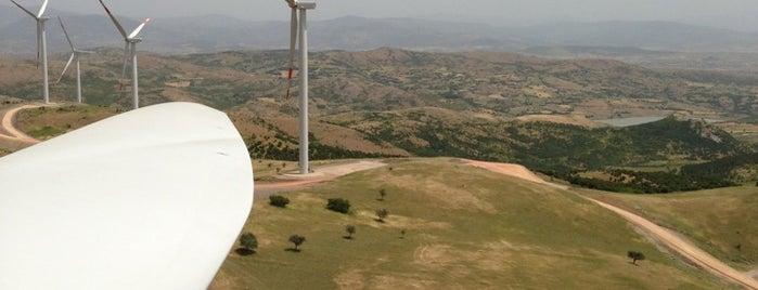 EnerjiSA Bares Rüzgar Santrali is one of สถานที่ที่ Ozgur ถูกใจ.