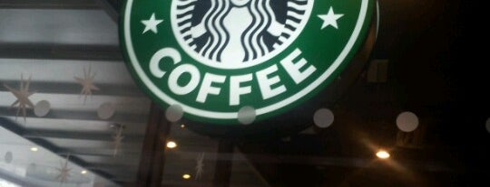 Starbucks is one of Locais curtidos por Z.