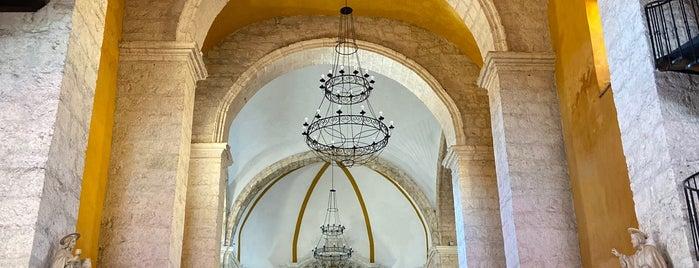 Iglesia Santo Domingo is one of Posti che sono piaciuti a Carl.