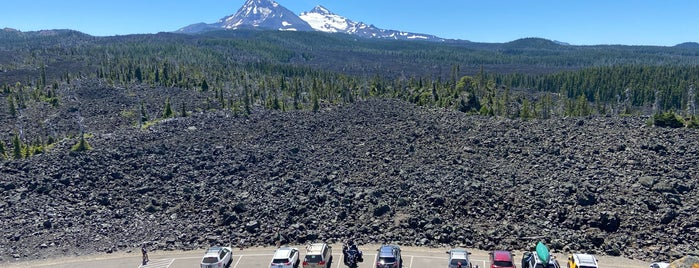 Mckenzie Pass Observatory is one of Bend.