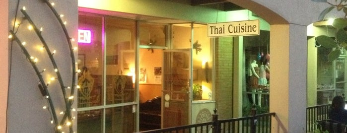 Nunthaporn's Thai Cuisine is one of Orte, die Andy gefallen.
