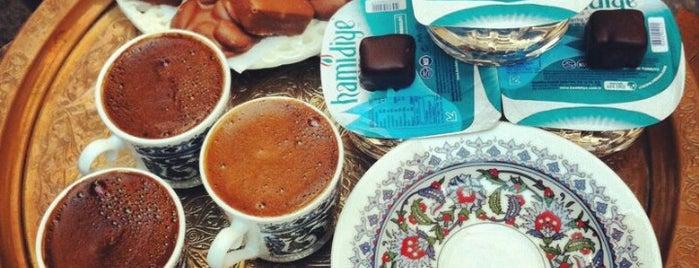 Çikolata & Kahve is one of İstanbul Yeme&İçme Rehberi - 4.