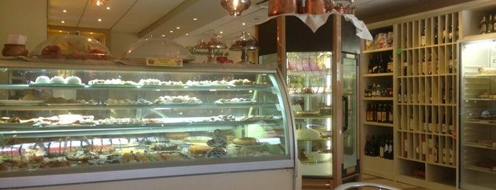 Il Cappuccino is one of สถานที่ที่ ᴡ ถูกใจ.