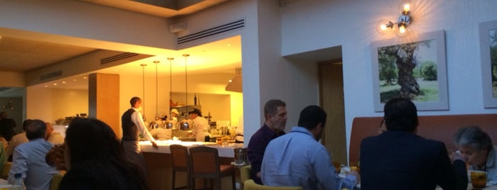 Ciro Cucina e Bar is one of Rest Abroad.