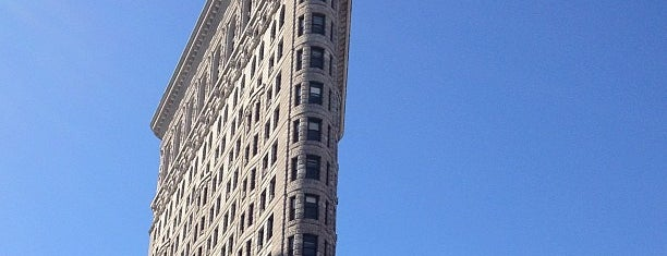 Flatiron Building is one of Places to go when in New York.