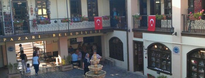 Atlıhan El Sanatları Çarşısı is one of Doruk'un Beğendiği Mekanlar.
