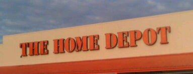 The Home Depot is one of Meiさんのお気に入りスポット.