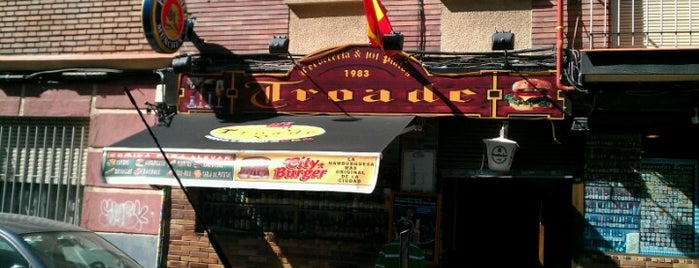 Troade Cervecería is one of Buns.