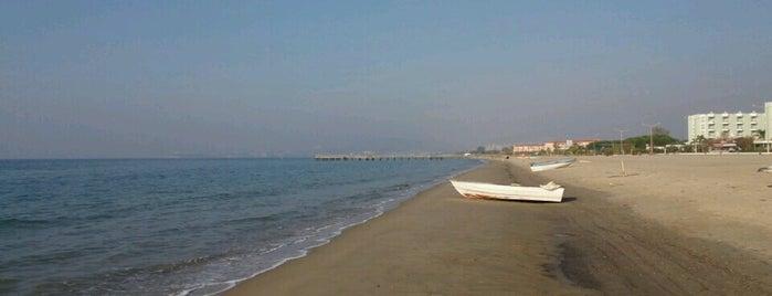 Paradise Beach is one of Tempat yang Disukai Nihat.