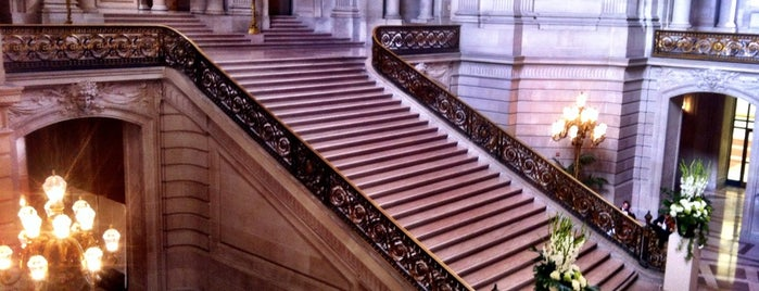 San Francisco City Hall is one of Going Back To Cali...Again.