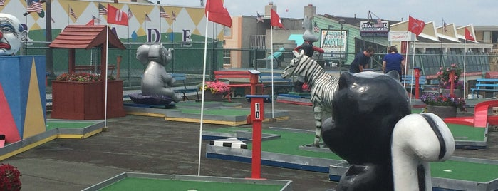Roof Top Golf is one of USA.