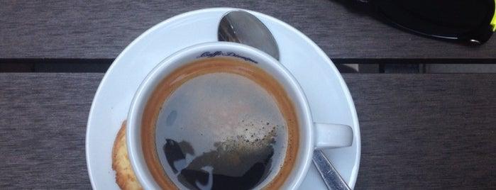 Quanto Basta Cafe is one of สถานที่ที่ Syuzi ถูกใจ.