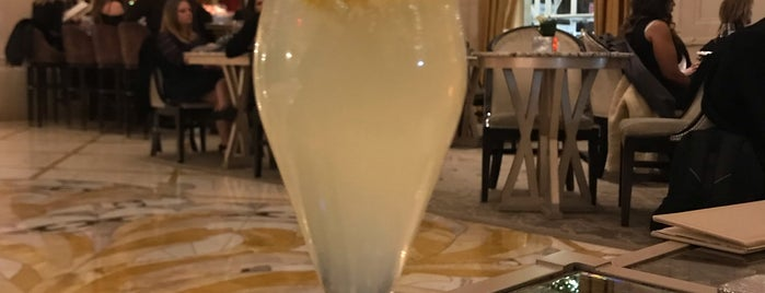 Champagne Bar Plaza Hotel is one of Manhattan 2.